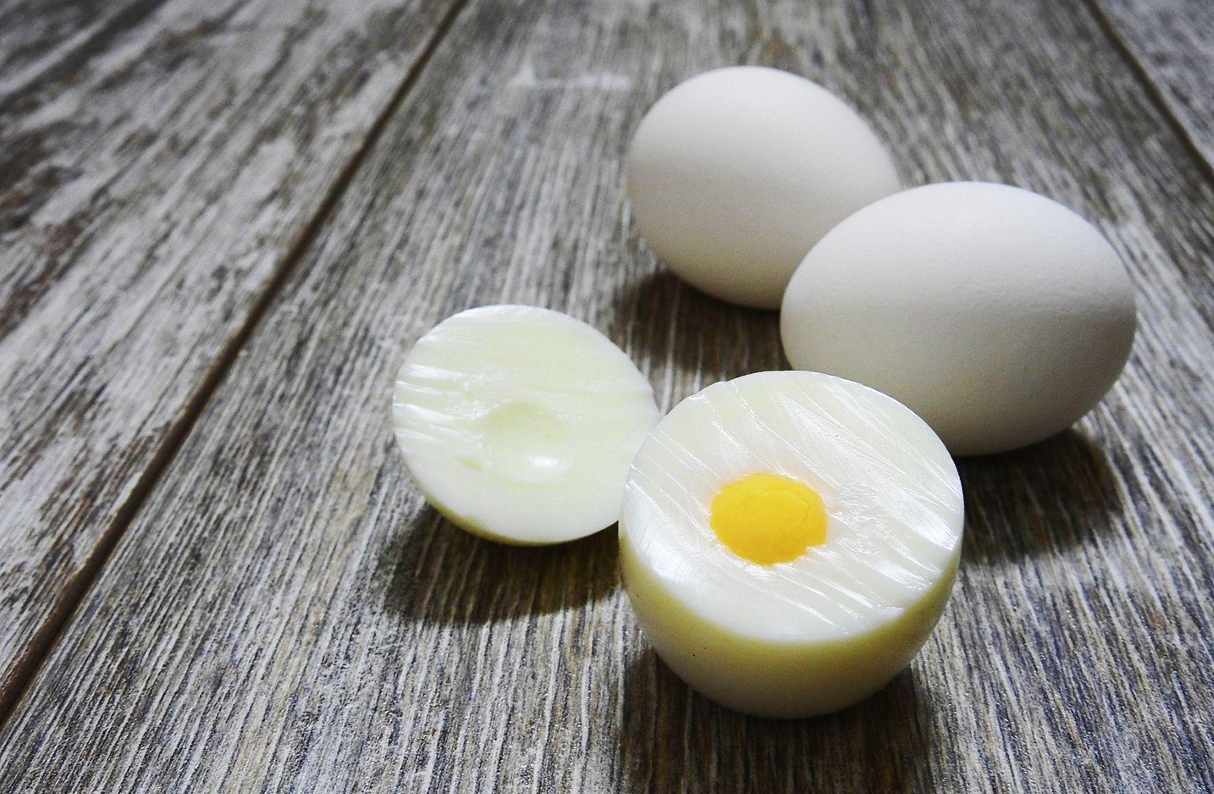 hoeveel eiwit bevat een ei